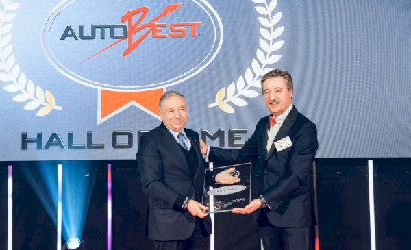 The AUTOBEST organisation famed the Nineteenth version of Awards Gala