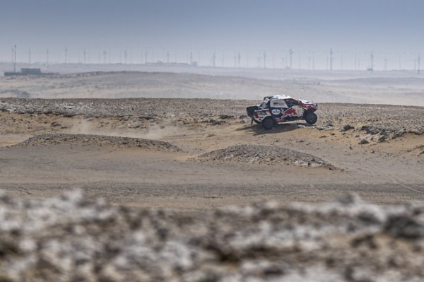 adverse-nation-–-al-attiyah/baumel-the-early-pacesetters-in-qatar