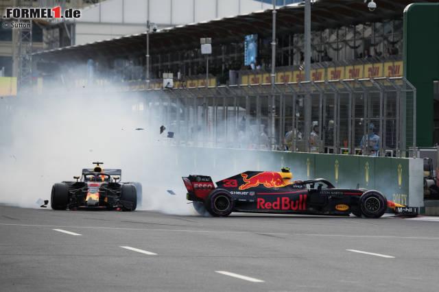 Nach dem Scharmützel zwischen Max Verstappen und Daniel Ricciardo in Baku riecht es nach Stunk bei Red Bull: alle Bilder des Vorgeplänkels, des Crashs und des Nachspiels!