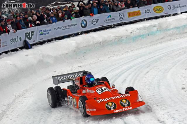 Hans-Joachim Stuck mit dem March-Cosworth auf Eis