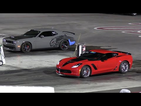Hellcat vs Z06 Corvette – drag racing