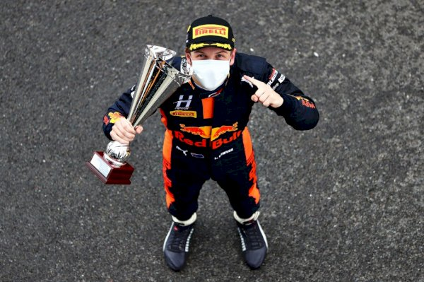 f3-–-lawson-lunges-to-maiden-creep-1-victory-sooner-than-piastri-at-silverstone