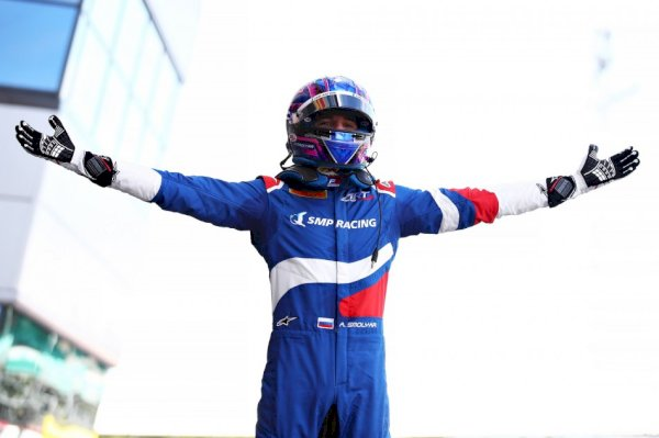 f3-–-update-:-smolyar-loses-maiden-f3-employ,-beckmann-promoted-to-first