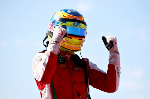 f3-–-sargeant-steals-the-championship-lead-with-first-f3-snatch-before-hugues
