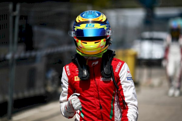 f3-–-sargeant-beats-out-hughes-in-barcelona-for-his-third-pole-in-a-row