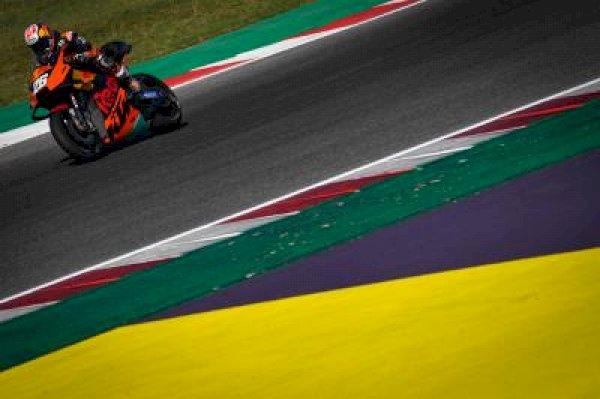 Alcoba renews with Gresini Racing for the 2021 season
