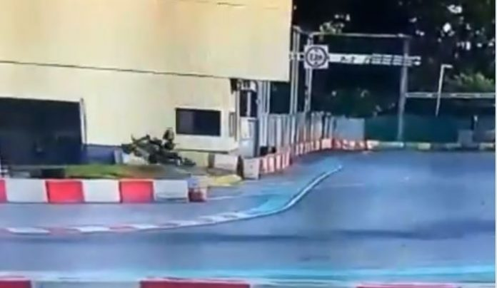 Video: Bizarre accident – Karting driver flew to the wall of building