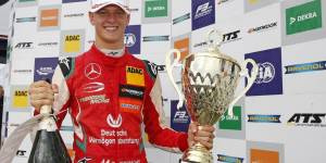 """hamilton-enjoys-corona-time-out:-""""not-pulled-left-and-right"""""""