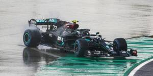 "racism-&-co.:-daimler-ceo-""full-of-conviction""-at-lewis-hamilton's-side"