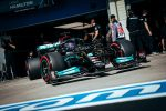 hamilton-tops-opening-practice-in-turkey,-however-will-lift-grid-penalty-following-engine-swap